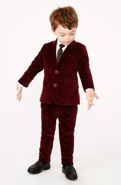 There's nothing cuter than a little guy in a suit.