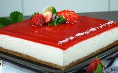 Cheesecake Torta, Cotton Cheesecake, Easy Cheesecake Recipes, Strawberry Cheesecake, Japanese Cheesecake, Baked Strawberries, Chocolate, I Love Food, Biscotti