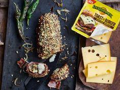 Bacon Bomb mit Käse, Zwiebeln und Pimentos