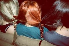 a blonde, a redhead, and a brunette. Lol so funny Kreative Portraits, Foto Top, Powerpuff Girls, Friends Forever, Hairdresser, Red Hair, Dark Hair, Hair And Nails, Redheads