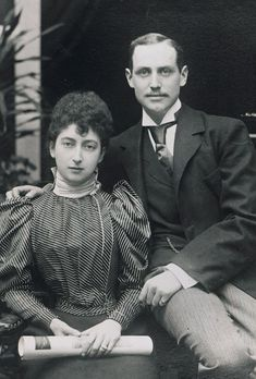 1896 Engagement of Princess Maud of Wales and Prince Charles of Denmark...I think her face is just so pretty and sweet!