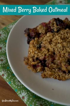 This Weight Watchers Freestyle Mixed Berry Oatmeal is a perfect easy to make breakfast recipe. Make ahead breakfasts like this are always a hit with busy moms! Ww Recipes, Healthy Recipes, Healthy Breakfasts, Skinny Recipes, Family Recipes, Healthy Meals, Free Recipes, Healthy Food