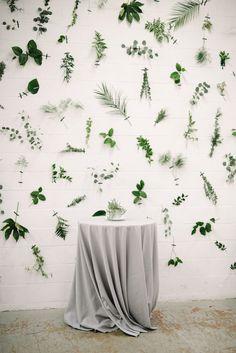 Industrial Modern Wedding with a Greenery Wall - photobooth □< - Hochzeitsdeko Diy Wedding Backdrop, Ceremony Backdrop, Wedding Decorations, Cortina Floral, Brewery Wedding, Wall Backdrops, Backdrop Ideas, Plant Wall, Industrial Wedding