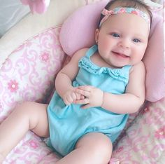 Little Babies, Cute Babies, Baby Grill, Baby Family, Pretty Baby, Cute Baby Girl, Baby Fever, Baby Pictures, Cute Kids