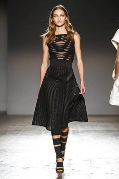Les Copains Ready To Wear Spring Summer 2016 Milan - NOWFASHION