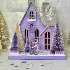 Christmas Home, Vintage Christmas, Christmas Crafts, Christmas Decorations, Christmas Ornaments, Holiday Decor, Christmas Glitter, Christmas Villages, Putz Houses