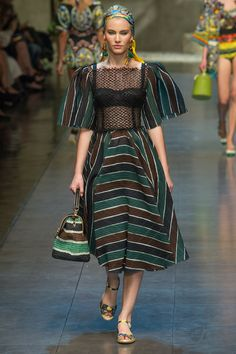 Dolce & Gabbana Spring 2013 Ready-to-Wear Collection Slideshow on Style.com
