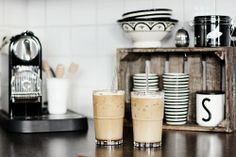 New Kitchen Corner Tea Station Ideas Coffee Cafe, Coffee Shop, Iced Coffee, White Coffee, Coin Café, Tea Station, Home Coffee Stations, Kitchen Corner, Bar Kitchen