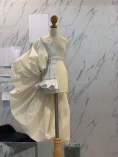 Runway Fashion, Fashion Art, Fashion Show, Draping Techniques, Fashion Portfolio, Pattern Cutting, Fabric Manipulation, Character Outfits, Fashion Sewing