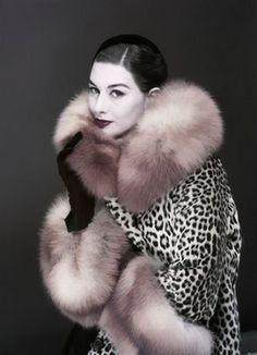 November Vogue, 1954. Model: Nancy Berg.