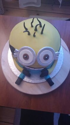 Mineon cake by Laura R