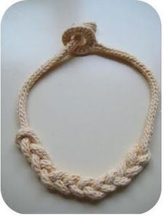 I-Cord knitted knot necklace tutorial.
