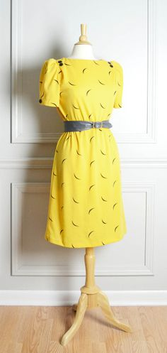 Knit Midi Shift Dress / Bright Yellow Summer / Retro Mod / 80s / by THRIFTAGE on Etsy, $42.00 // Vintage Street Style