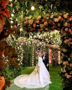 """LEBANESE WEDDINGS on Instagram: """"#HappeningNow 💕 STOP whatever you're doing and check out this dreamy floral wonderland 💕Stay tuned to see more of this mesmerizing wedding…"""""""