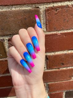 Ombre Nail Colors, Blue Ombre Nails, Gold Glitter Nails, Sparkly Nails, Neon Nails, Glue On Nails, Swag Nails, Pink Nails, Gorgeous Nails