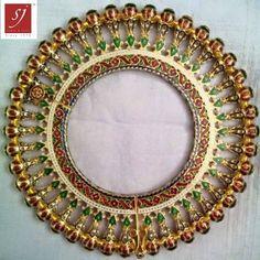 Satyanarayan J Jadia & Sons Jewellers Pvt Ltd Bridal Party Jewelry, Bridal Bangles, Indian Wedding Jewelry, Hand Jewelry, India Jewelry, Wedding Jewellery Inspiration, Gold Bangles Design, Thread Bangles, Indiana