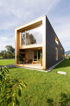 Juri Troy creates 37-metre-long home in the Rhine Valley