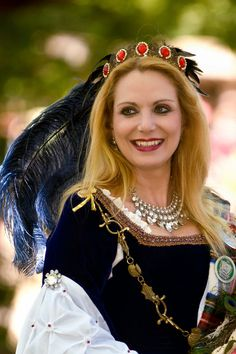 Queen Margaret of Scotland & the Isles, Scarborough Renaissance Festival. Photo by Photography on the Run