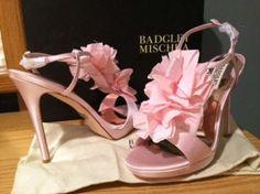 Badgley Mischka Adele Petal T-strap Pink Formal Shoes $81