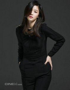 Jeon Ji Hyun - Cine21 Magazine