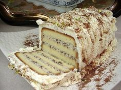Cassata Cake (Sicilian Ricotta Cheesecake) by Home Cookin' Chapter: Recipes from Thibeault's Table (Bonnie Stern, Toronto) Italian Pastries, Italian Desserts, Just Desserts, Italian Cookies, Cake Recipes For Kids, Pound Cake Recipes, Dessert Recipes, Dessert Ideas, Dinner Recipes