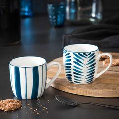 Mug en porcelaine blanche à fleurs bleues ESCALE Mugs, Tableware, White Porcelain, Blue Flowers, Products, Other, Blue, Dinnerware, Tablewares