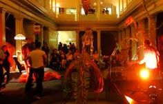 Live music accompanied by spectacular dinosaur sculptures? Add a bar and a dance floor on top of that, and you have Jurassic Lounge. Every Tuesday night at The Australian Museum