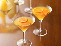 The Skinny Clementine Martini-  INGS: Ice  cubes   2 tablespoons (1 oz) gin or citrus vodka   1 tablespoon (1/2 oz) elderflower liqueur or clear orange liqueur   3 tablespoons fresh-squeezed clementine juice, fresh-squeezed pink grapefruit juice or pomegranate juice   1 tablespoon fresh lime juice   2 tablespoons club soda   Clementine slice, pink grapefruit peel twist or fresh lime slice for garnish