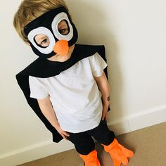 1 million+ Stunning Free Images to Use Anywhere Felt Penguin, Penguin Party, Couple Halloween Costumes, Adult Costumes, Mummy Costumes, Woman Costumes, Pirate Costumes, Group Costumes, Robin Costume