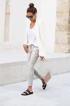 Casual Chic Neutrals: Top Knot, White Blazer, Nude Bag Grey Jeans & Black Slide Sandals #fashion #style #blogger
