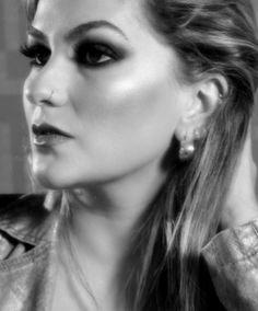 Alice Salazar dá dicas para se inspirar para fazer maquiagens perfeitas para tirar fotos em preto e branco!