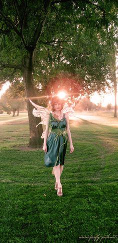 Enchanting   Google Image Result for http://www.sasha-v.com/fc/costumes/misc/willow_tree_fairy/willow_tree_fairy_08.jpg