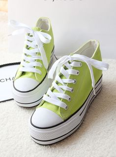 Flats, Sandals, Candy Colors, Chuck Taylor Sneakers, Shoes Women, High Tops, Hip Hop, Muffin, Slippers