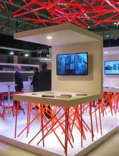 Awesome modern booth design! So können Sie optimal Kunden anziehen.  www.veosion.de