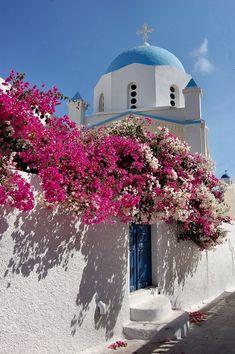 Looks like Santorini Santorini House, Santorini Island, Santorini Greece, Places To Travel, Places To Go, Arkansas Vacations, Greece Travel, Greek Islands, Belle Photo