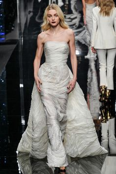 Ermanno Scervino Fall 2015 Ready-to-Wear Fashion Show Look 41 Fashion Week 2015, Milano Fashion Week, Fashion Show, Fashion Design, Couture Mode, Style Couture, Couture Fashion, Beautiful Gowns, Beautiful Outfits