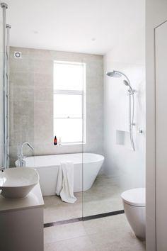 58 luxury small bathroom remodel ideas on a budget 23 58 Kleine Luxus-Badezimmer-Umbauideen mi. Bathroom Renos, Bathroom Flooring, Bathroom Cabinets, Remodel Bathroom, Bathroom Mirrors, Bathroom Makeovers, Bathroom Faucets, Condo Bathroom, Bathroom Remodeling
