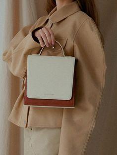 W Concept - sablon Black Handbags, Luxury Handbags, Purses And Handbags, Leather Handbags, Leather Bag, Hermes Handbags, Look Fashion, Fashion Bags, Fashion Handbags