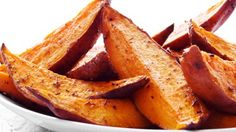 Our Healthy Hints: Try using a cooking spray rather than coating the sweet potatoes in oil. Oven Baked Sweet Potato Fries Recipe Bariatric Bites: Pair this up with some tender chicken for a co (Baking Sweet Fries) Baked Sweet Potato Wedges, Oven Roasted Sweet Potatoes, Snack Recipes, Cooking Recipes, Healthy Recipes, Snacks, Ham Recipes, Food Swap, Tapas