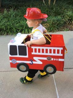 Cute Toddler Costumes That You Can Make Yourself The Best Toddler Costumes. Funny, cute and unique toddler Halloween costume ideas for boys and girls. Some costumes include scary, deer, unicorn, match Best Toddler Costumes, Unique Toddler Halloween Costumes, Costume Halloween, Halloween Crafts, Halloween Party, Toddler Fireman Costume, Diy Toddler Costume, Homemade Toddler Costumes, Spooky Halloween