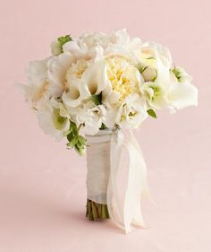 White Peony and Calla Lily Mix | Find the perfect all-white wedding bouquet.