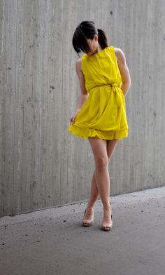 Crazy Yellow Award Dress