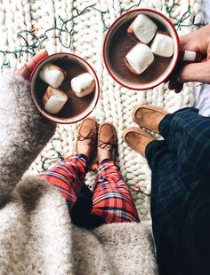 Cozy Gift Idea: Ugg Slippers // LivvyLand