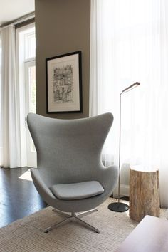Velvet Chair Lounge - - Chair Exercises For Elderly - Lounge Chair Illustration - - White Chair With Ottoman Old Chairs, Eames Chairs, Ikea Chairs, Wooden Chairs, High Chairs, Arne Jacobsen, Living Room Chairs, Living Room Furniture, Living Rooms