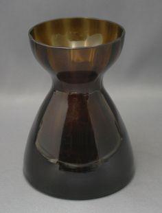 Lasimaljakko, Hyasintti, Riihimäen lasi Bulb Vase, Vintage Pottery, Glass Design, Retro, Flower Vases, Finland, Lassi, Glass Art, Nostalgia