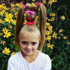 You've Never Seen Crazy Hair Day Ideas as Wacky as These! If crazy hair day at school during spirit week or Dr. Seuss week stresses you out, check out these ideas for wacky hairstyles your kids will love. Crazy Hair Day Girls, Crazy Hair For Kids, Crazy Hair Day At School, Days For Girls, Crazy Hair Days, Creative Hairstyles, Cool Hairstyles, Pout Face, Face Face