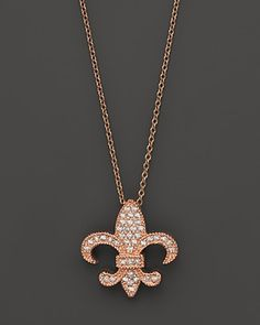 The fleur-de-lis is a beautifully- enduring motif in jewellery. Diamond Pendant Set In 14K Rose Gold
