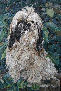 Dogs in Modern Mosaic Art – Beagle, Boston Terrior, Bulldog, Chow, Dachshund… Mosaic Crafts, Mosaic Projects, Mosaic Art, Mosaic Glass, Paper Mosaic, Mosaic Ideas, Tile Art, Mosaic Designs, Mosaic Patterns