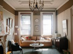 A CUP OF JO: Brooklyn brownstone house tour - like the paint colors in this room. Farrow & Ball colors (Dove Tale is the lighter shade; Mouse's Back is the dark Brownstone Interiors, Townhouse, Brooklyn Brownstone, Beautiful Space, Beautiful Homes, Dream Bedroom, Dream Rooms, Home And Living, City Living