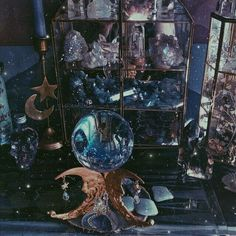 Image about blue in Ravenclaw💙✨ by タニシャ on We Heart It Ravenclaw, Witch Aesthetic, Blue Aesthetic, Crystal Aesthetic, Aesthetic Bedroom, Character Aesthetic, Wiccan, Witchcraft, Pagan Altar
